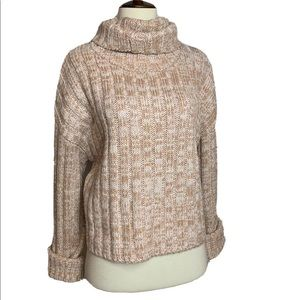 URBAN Outfitters Boxy Ribbed Turtleneck Sweater S